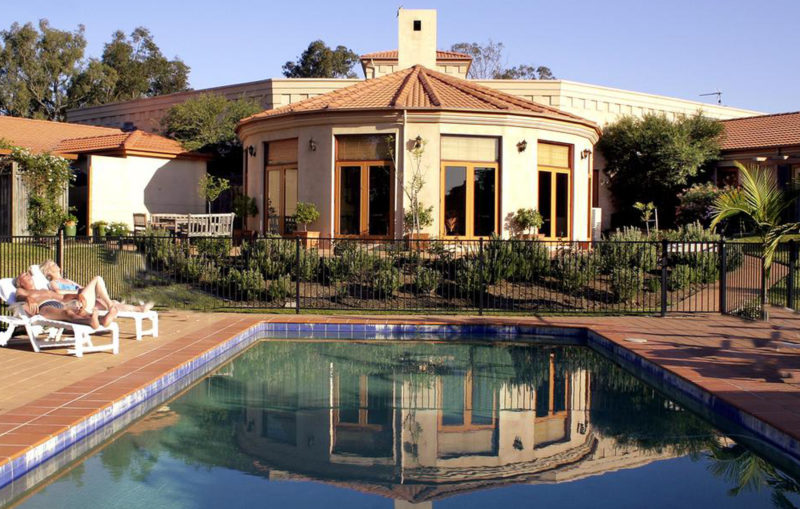 Estate Tuscany - Accommodation & Pool